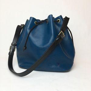 Louis Vuitton Noe Epi blue bucket bag